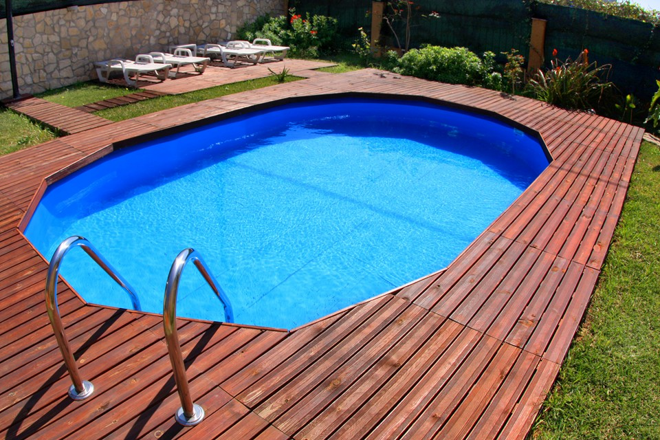 Pools in competition pool competition gre piscinas for Piscine gre